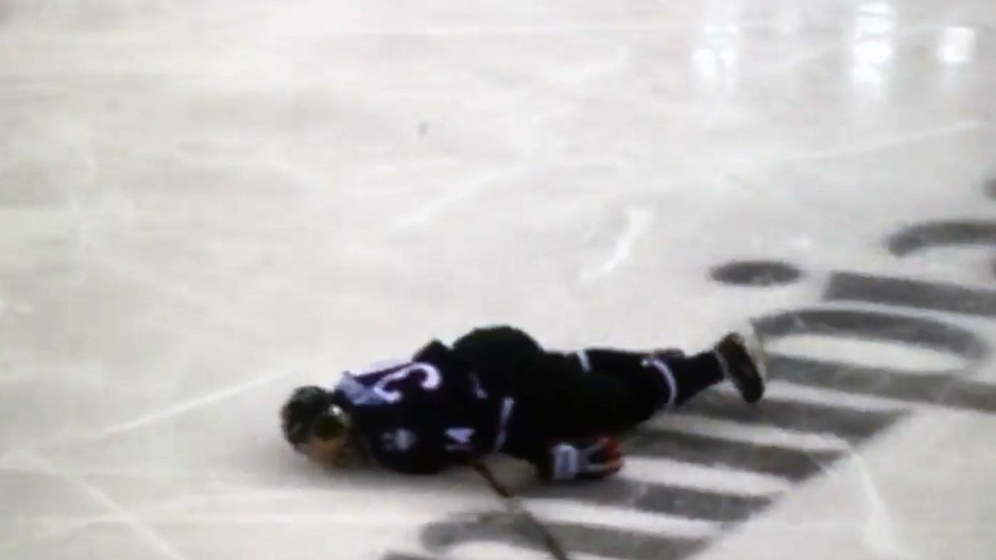 Ice-Hockey: New York Islanders prospect Ruslan Ishakov out-cold in scary collision