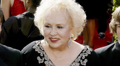 'Everybody Loves Raymond' star Doris Roberts dies aged 90