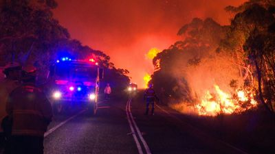 NSW out of control blazes keep burning