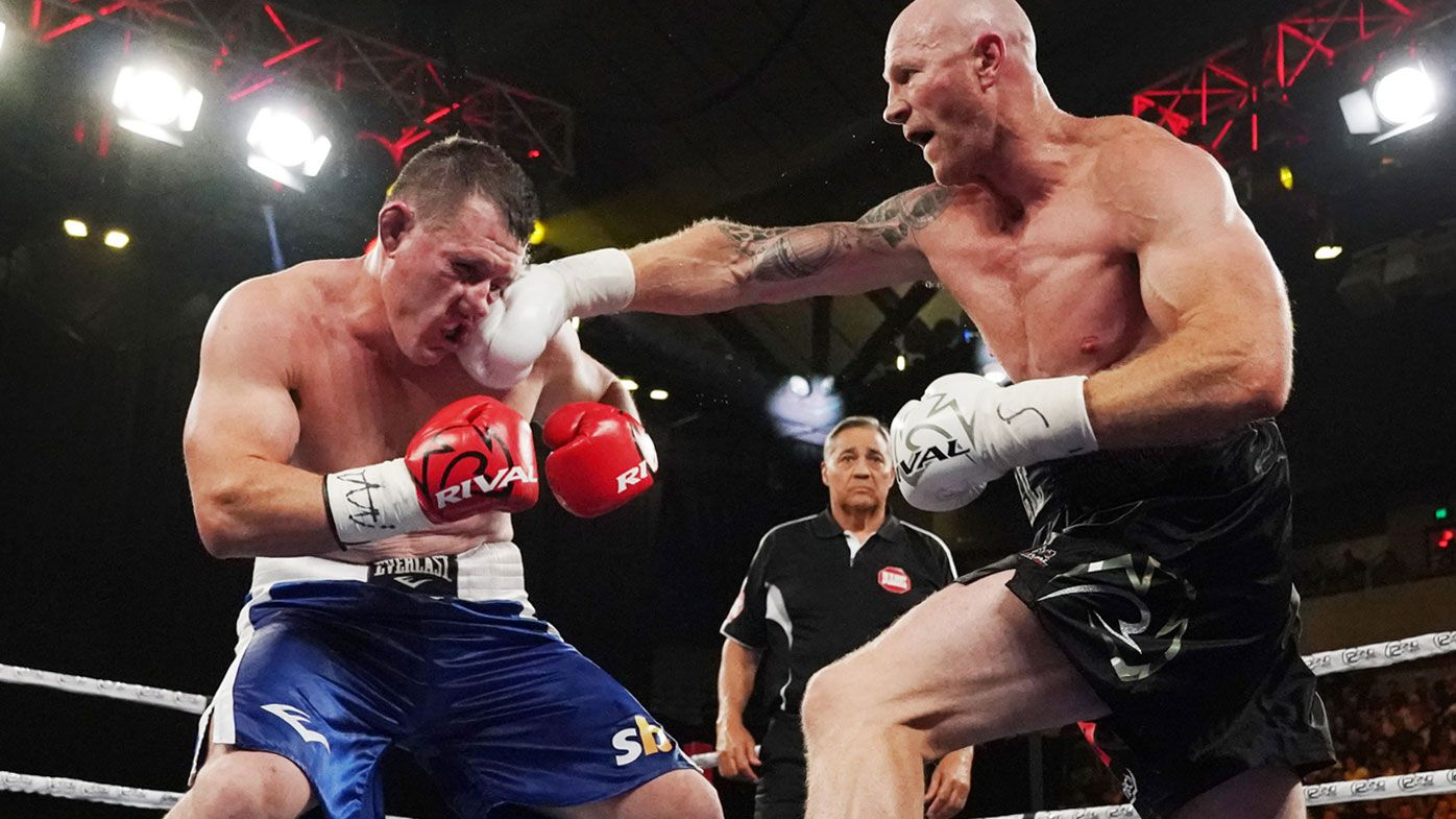 Barry Hall lands on Paul Gallen