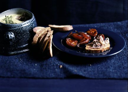 Goose rillettes with pears in grape must