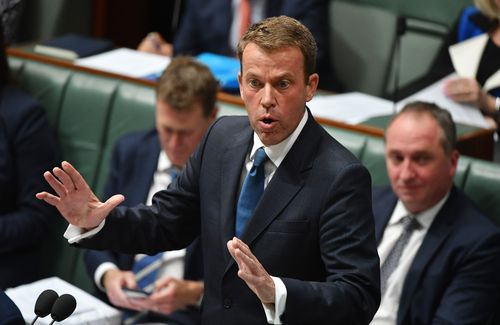 Social Services Minister Dan Tehan said the plan was intended to help people get their lives on track. (AAP)