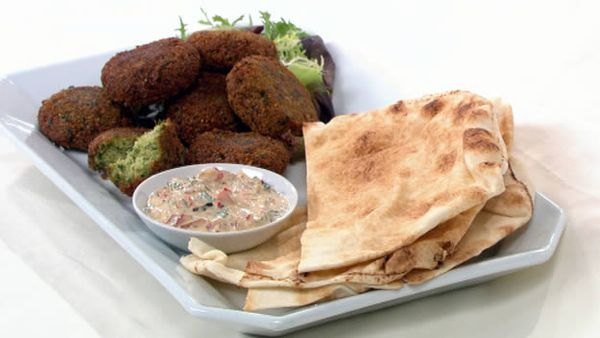 Herbed falafel with capsicum, mint and yoghurt sauce