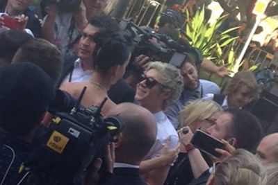 Oh, Katy, how you make Niall giggle like a schoolboy.<br/><br/>Image: Amy Nelmes, ninemsn, taken from pizzAperta, Star