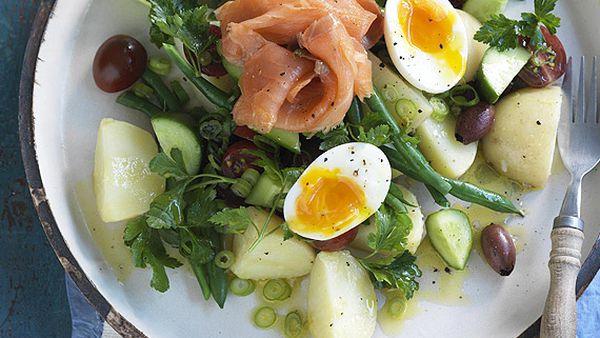 Salmon nicoise salad