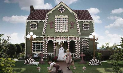 Christine H McConnell's gingerbread cottage, Los Angeles, USA