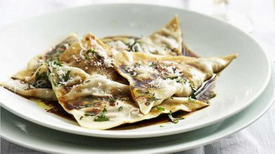 "<a href=""http://kitchen.nine.com.au/2016/05/19/15/31/beef-cheek-ravioli-with-mandarin-mustard-fruits"" target=""_top"">Beef cheek ravioli with mandarin mustard fruits</a> recipe"