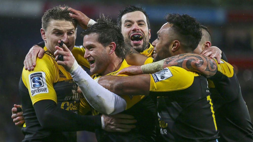 Hurricanes win maiden Super Rugby title
