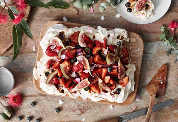 Jono Fleming's Australia Day pavlova with balsamic fig syrup