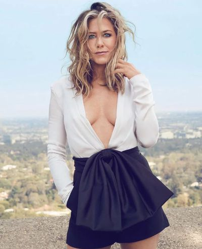 <p>Jennifer Aniston for&nbsp;US <em>InStyle,</em> September 2018</p> <p>The actress wears a Givenchy top, Van Cleef &amp; Arpels bracelet and Bulgari bracelet.</p>