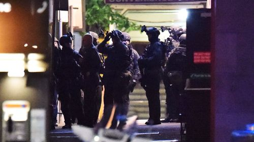 Identities of Lindt cafe siege police 'must be protected'