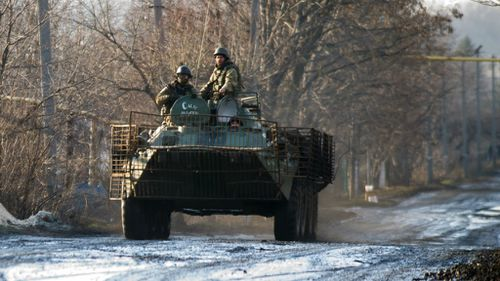Ukraine fighting rages ahead of ceasefire