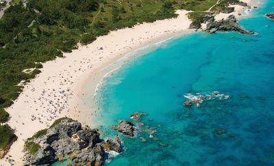 17. Horseshoe Bay – Bermuda