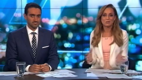 Carrie Bickmore apologies over beanie controversy