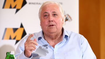 Mining magnate Clive Palmer is approaching politicians to join his United Australia Party.