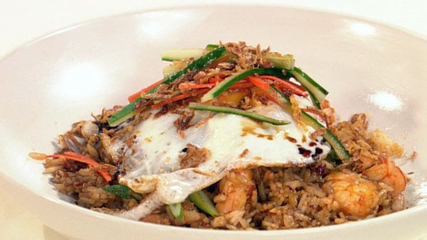 Indonesian fried rice (Nasi Goreng)