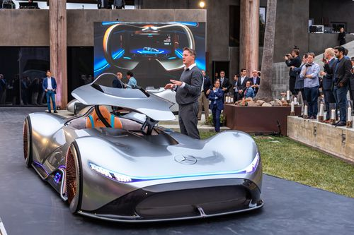 The car is powered by a pair of electric motors making 550kW.