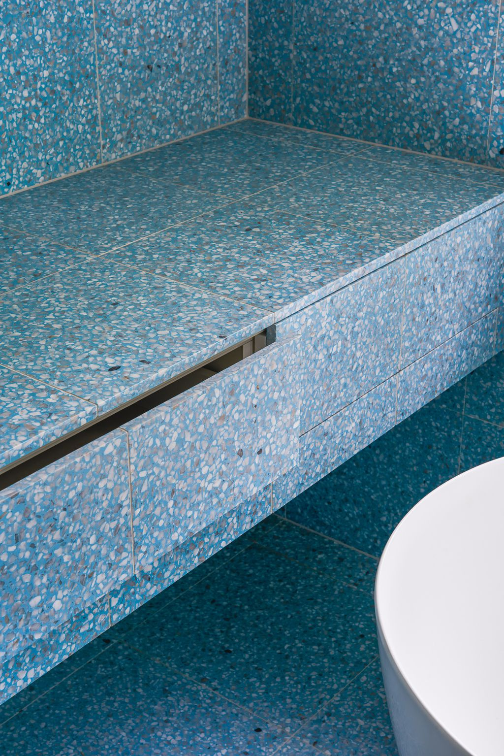 These blue Terrazzo tiles are 2018 bathroom goals - 9homes