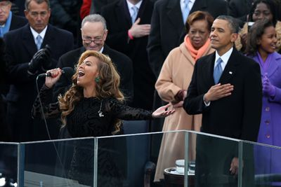 We all know the Carters are tight with the Obamas. <br/><br/>They solidified their friendship when Beyonce sung the National Anthem at President Obama's inauguration ceremony... even if she was lip-synching.<br/>