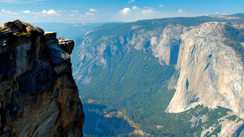The Taft Point lookout from which the travel bloggers plunged to their deaths.