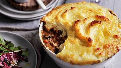 """<a href=""""http://kitchen.nine.com.au/2016/05/16/10/28/lamb-neck-shepherds-pie"""" target=""""_top"""">Lamb neck shepherd's pie</a><br> <br> <a href=""""http://kitchen.nine.com.au/2017/02/08/16/29/food-fight-savoury-pies-v-savoury-tarts"""" target=""""_top"""">RELATED: Food fight: savoury pies v savoury tarts</a>"""