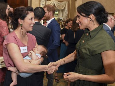 Meghan talks babies with Missy Higgins at Admiralty House, October 2018