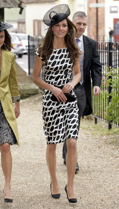 In June 2011, after her wedding to Prince Will, Kate attended the nuptials of her friend&nbsp;Sam Waley-Cohen to&nbsp;Annabel Ballin.&nbsp;<br /> She looked smart in a figure-hugging dress from Zara and a Sylvia Fletcher for Lock and Co. headpiece.
