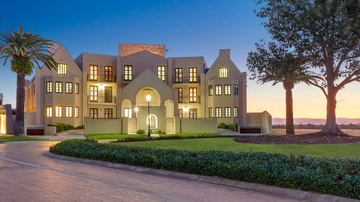 An impressive seven bedroom 'castle like' mansion is on the market on Knightsbridge Parade in Sovereign Islands on the Gold Coast.