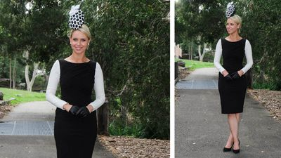 Snook wears a Cue dress and hat by Meka Millinery. (Sydney Event Blogger)