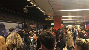 Commuter chaos as Sydney train line shuts down