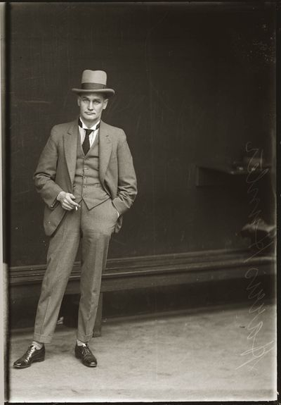 Harris Hunter, 1924