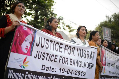 Nusrat Jahan Rafi: 16 sentenced to death for Bangladesh student's murder