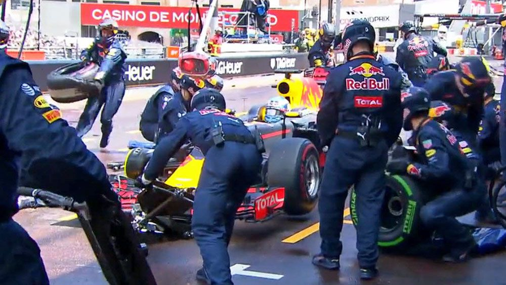 Bungled pit stop leaves Red Bull wondering: where's the tyres?