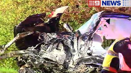 Two in hospital with life-threatening injuries following crash in Melbourne's south-east