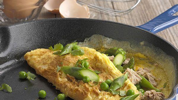 Asparagus, pea and tuna omelette