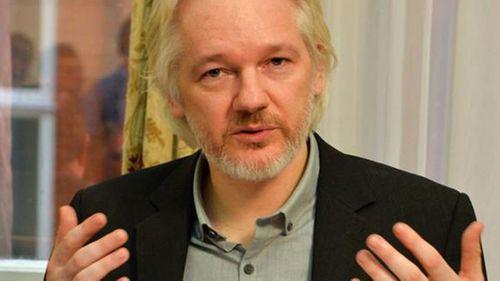 Assange denies seeking asylum in France