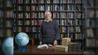 <p>Ray Pinkerton, 79, studied at Oxford and has taught at universities in Scotland, Western Australia and Victoria.</p><p>He was the Dean of the Faculty of Humanities at La Trobe University.</p>
