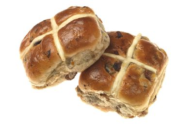 Hot cross bun with fruit: 17 minutes of boxing sparring