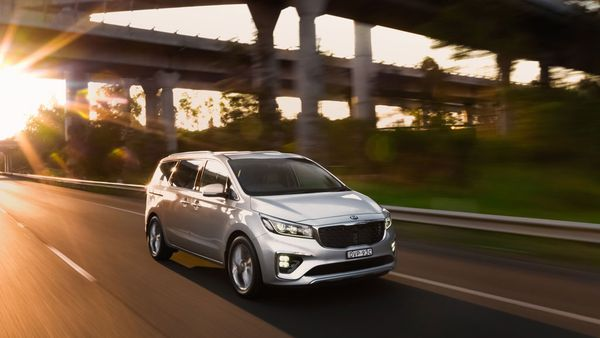 Mum Of Two Test Drives The New Kia Carnival Here S The Verdict
