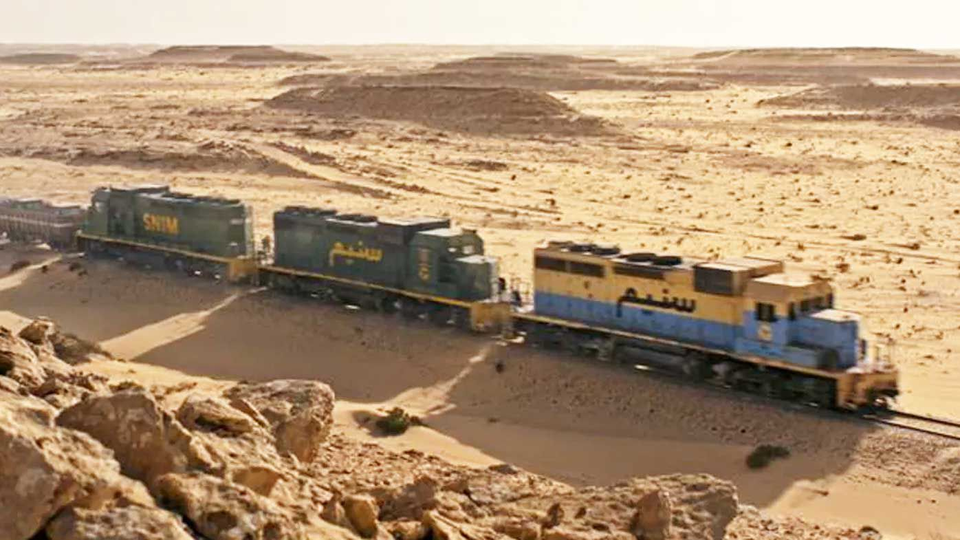 World's most extreme railway in Sahara Desert