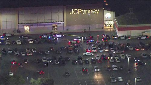 Police respond to reported shooting at San Antonio mall