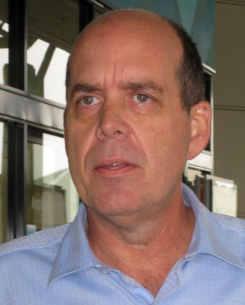 Mark Brimble called for a coronial inquest into Dianne's death aboard a P&O cruise ship in September 2002 to be reopened in 2010. (AAP)