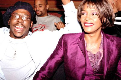 In January 2000, Hawaiin airport security found marijuana in both Whitney and Bobby's luggage. Charges were later dropped but drug rumours continued to circulate, fuelled by the singer's weight loss and drawn appearance.<p><br/>