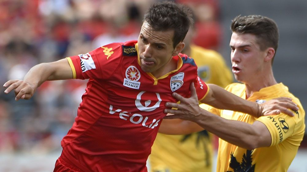 Adelaide United's Isaías Sánchez (AAP)