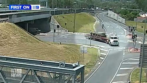 Queensland loose loads dangerous roads