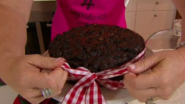 Three ingredient Christmas cake