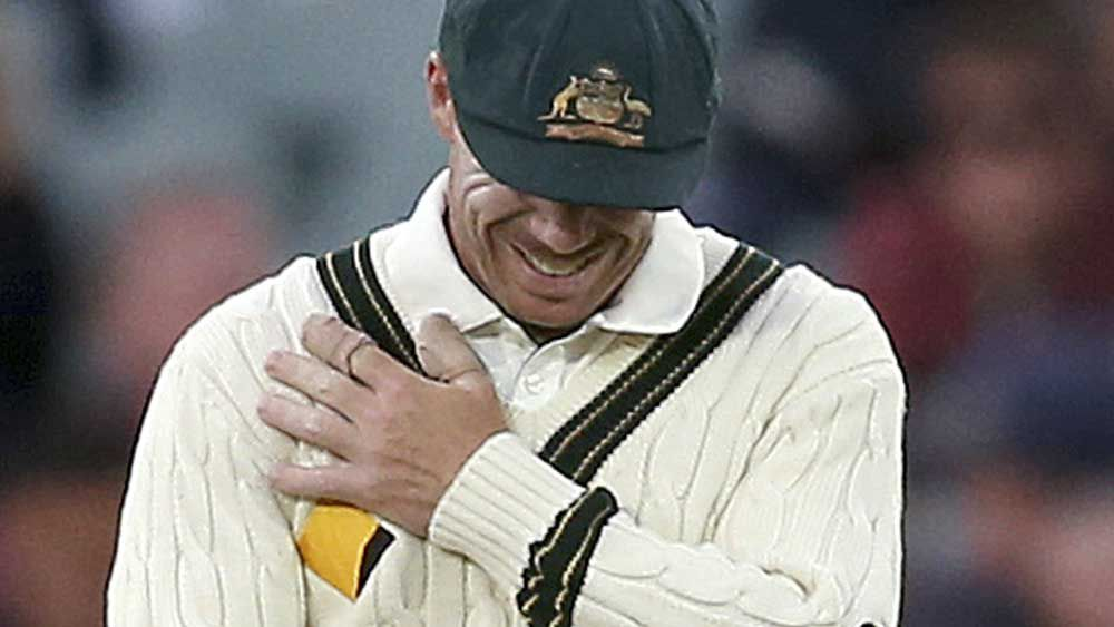 Du Plessis outsmarts Australia's Warner