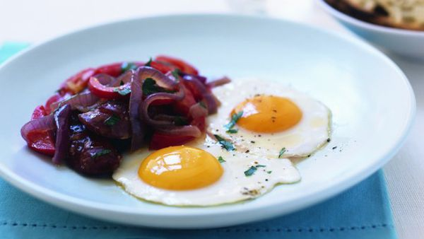 Spanish-style bacon and eggs