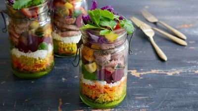 "<a href=""http://kitchen.nine.com.au/2016/08/25/14/42/sirloin-salad-jar"" target=""_top"">Jacqueline Alwill's sirloin salad jar with turmeric quinoa<br /> </a>"