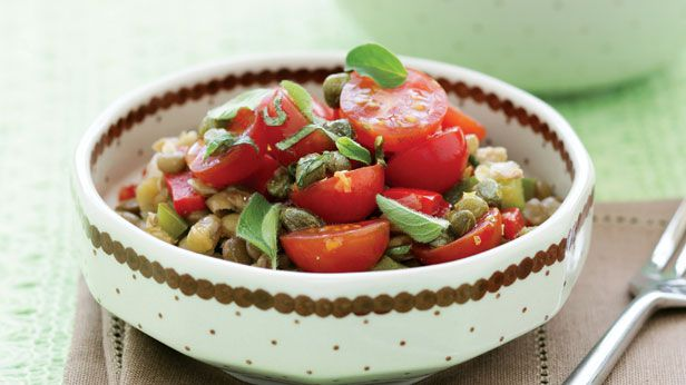 Lentil, capsicum and tomato salad